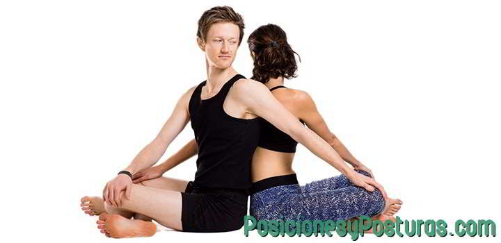 posición de torsión en pareja
